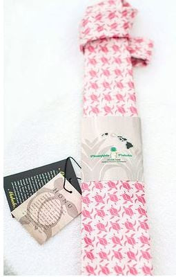 Pineapple Palaka Pink Honu (Turtle) Tie - Polynesian Cultural Center