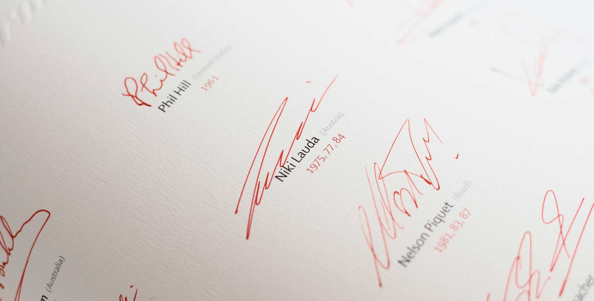 Niki Lauda's signature on The Official Formula 1 Opus, Champion Edition