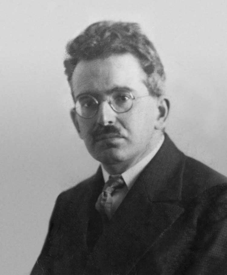 Walter Benjamin, German art philosopher, aesthetic, mass reproduction, the work of art in the age of mechanical reproduction