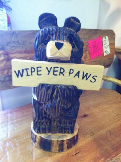 "BEAR HOLDING ""WELCOME"" & ""WIPE YER PAWS"" 2 SIDED SIGN"