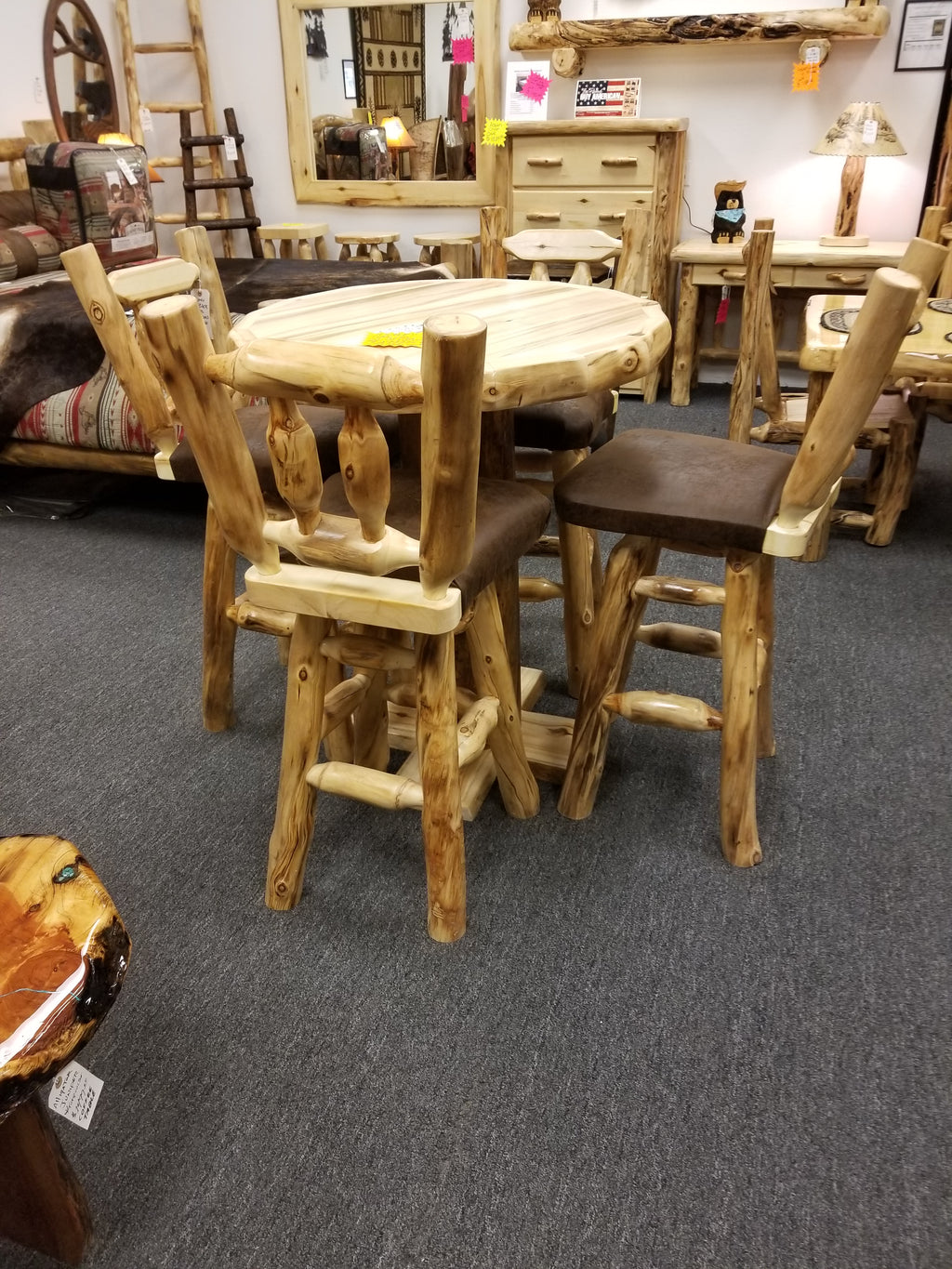 Aspen log Pub Table set