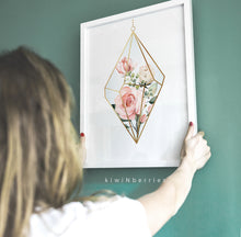 Load image into Gallery viewer, Rose Terrarium - hang