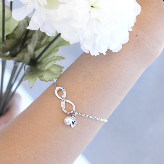 Infinity Bracelet with Leaf Pearl Charm