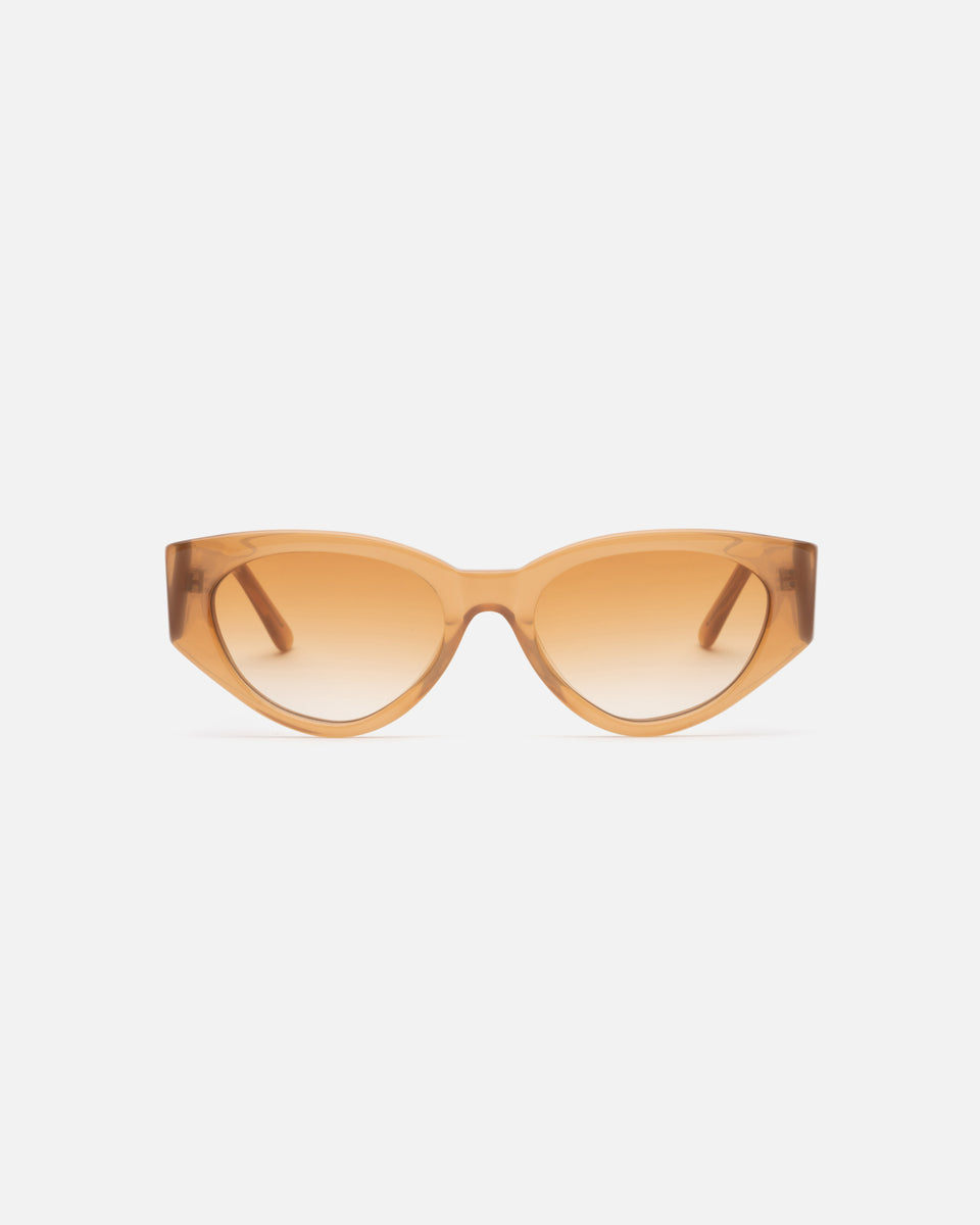 Lu Goldie Giselle oversize Sunglasses in caramel beige acetate with caramel gradient lenses, front