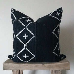 African Mud Cloth: Vintage Navy & Cream 20x20