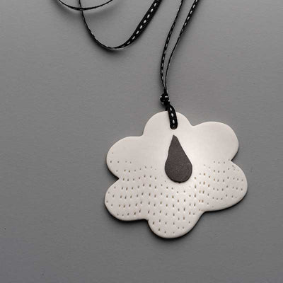 Porcelain Pendant Dreaming of rain 1