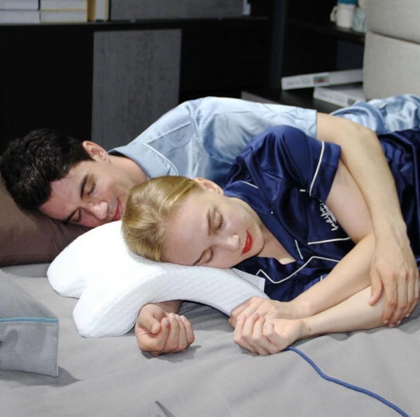 FlowSleeps™ Multifunctional Pillow
