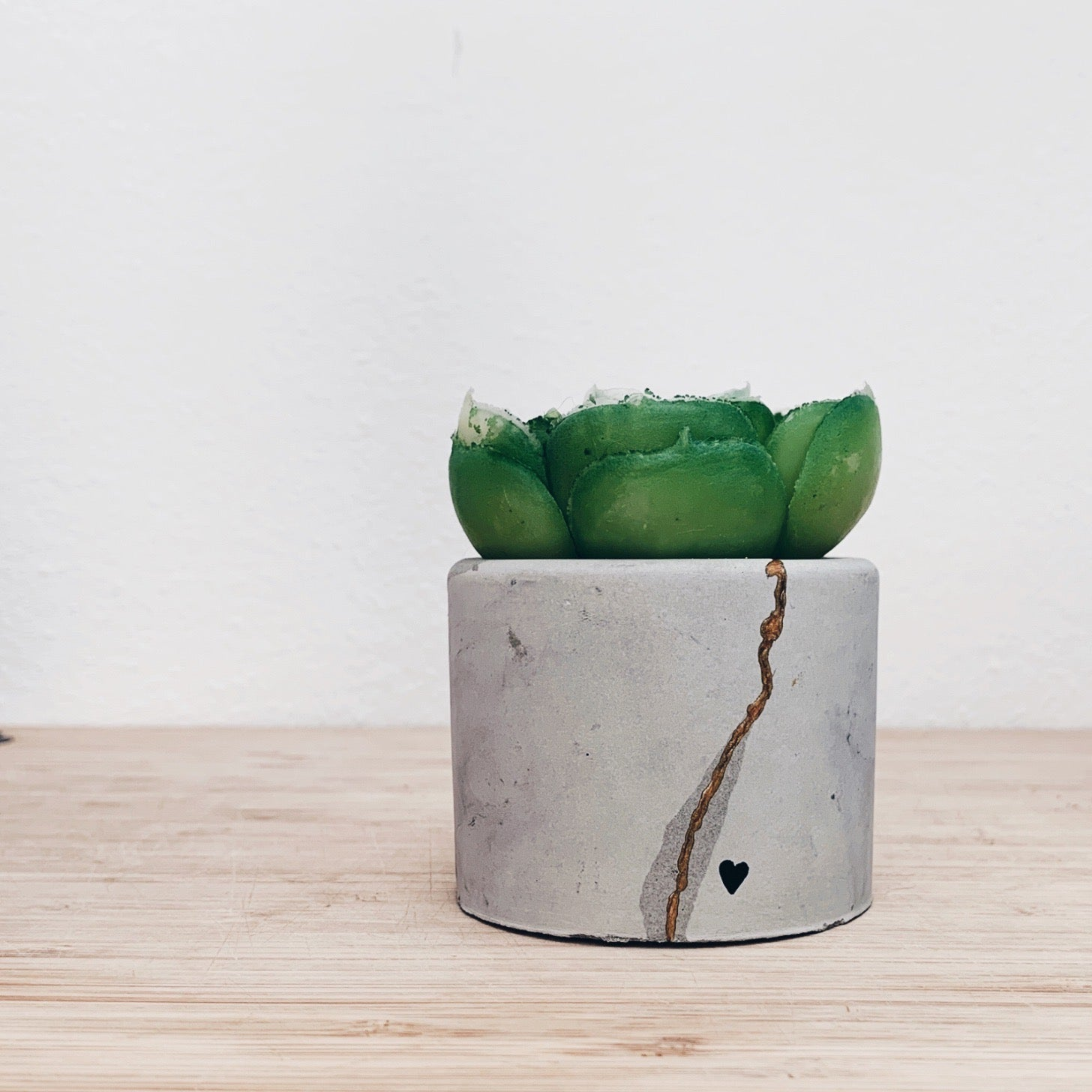 Kintsugi Concrete Planter Small