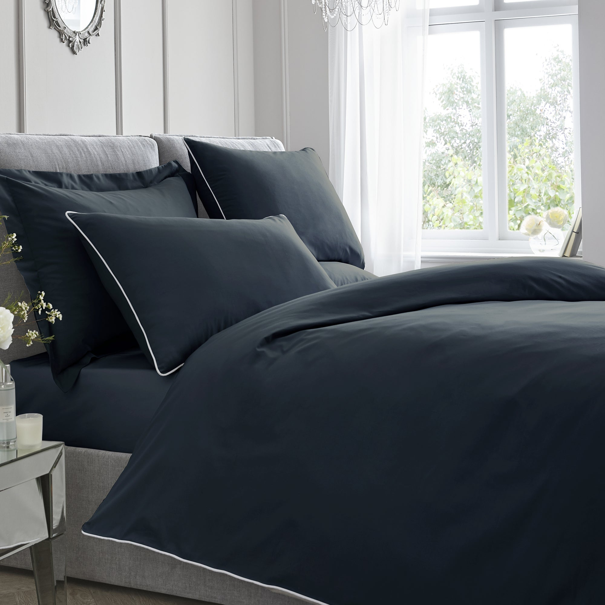 Plain Dye - 200TC Piped Duvet Cover Set - in Navy by Appletree Boutique