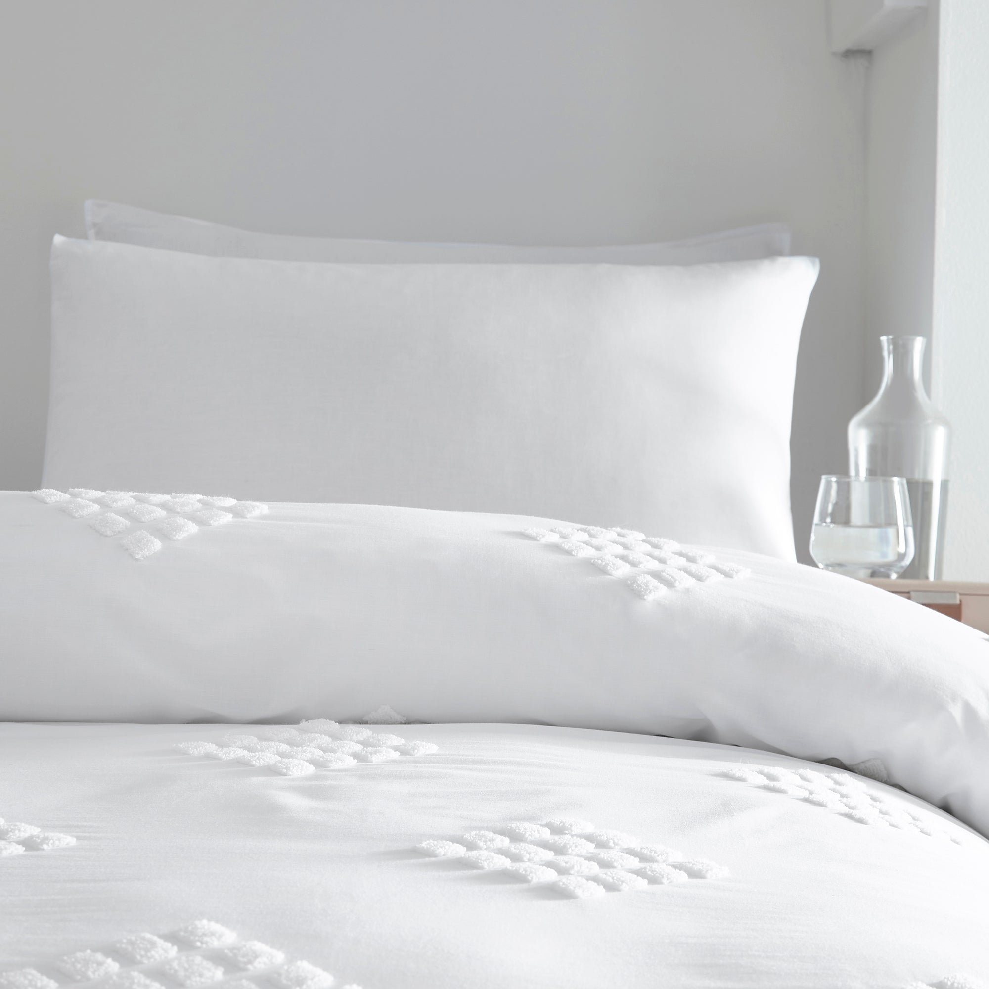 Diamond Tuft - 100% Cotton Duvet Cover Set in White - by Appletree Boutique