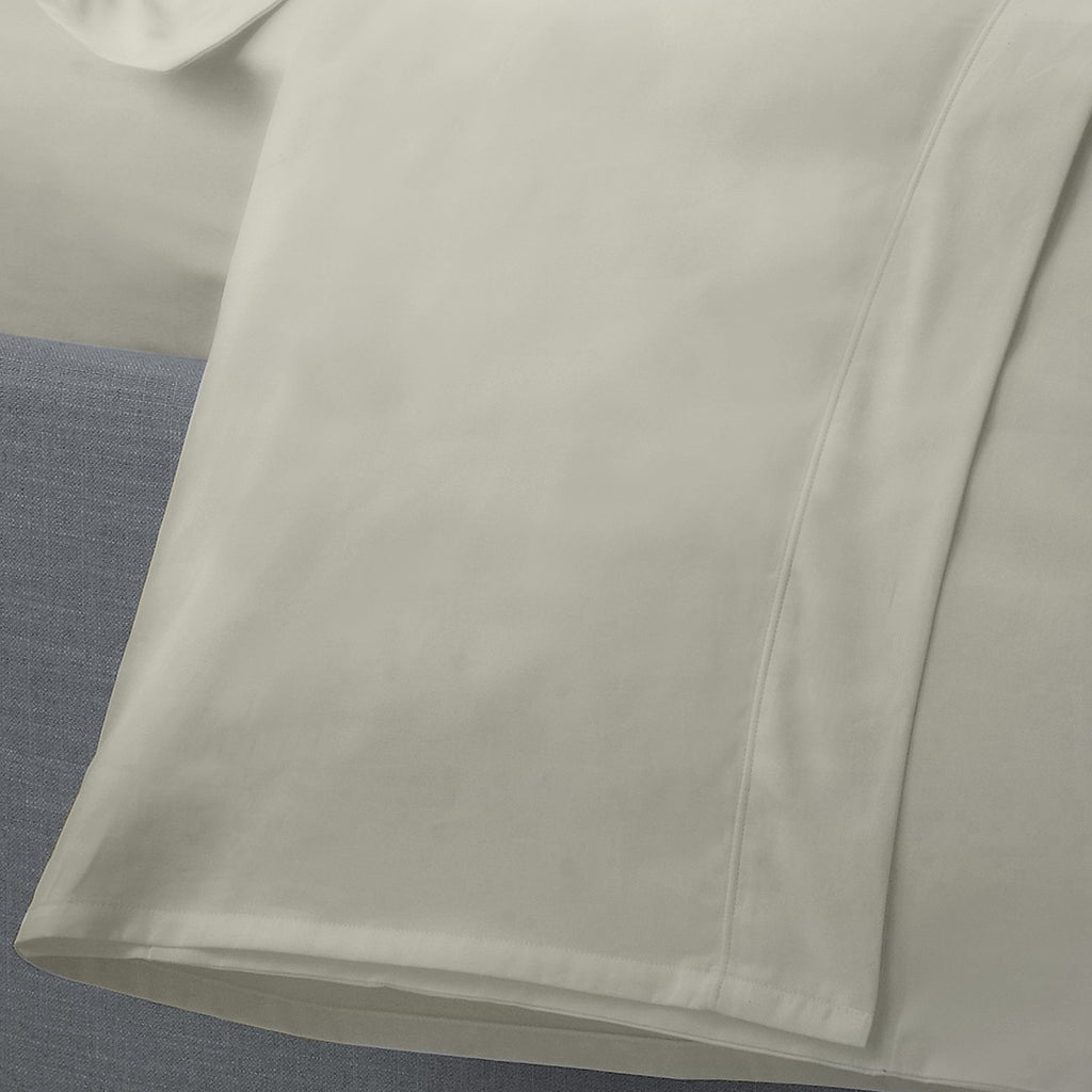 Plain Dye 200 TC Percale Flat Sheet -  in Silver by Appletree