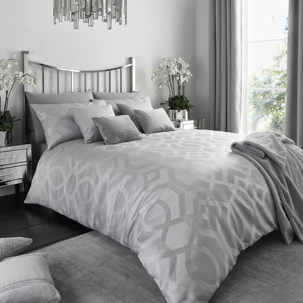 Harlow - Metallic Jacquard Duvet Cover Set in Silver - By Caprice Home