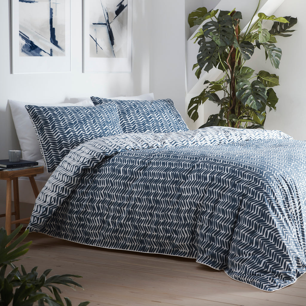 Loft - 180 TC Percale Duvet Cover Set in Ink Blue - by Appletree