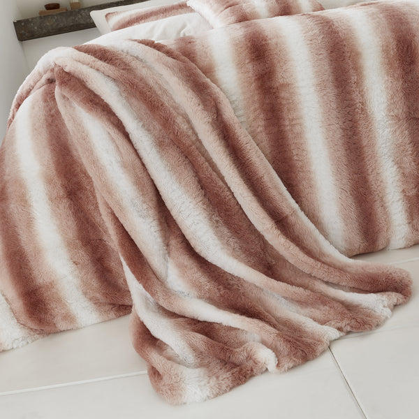 Mae - Fur Lined Fleece Bedspread - By Caprice Home