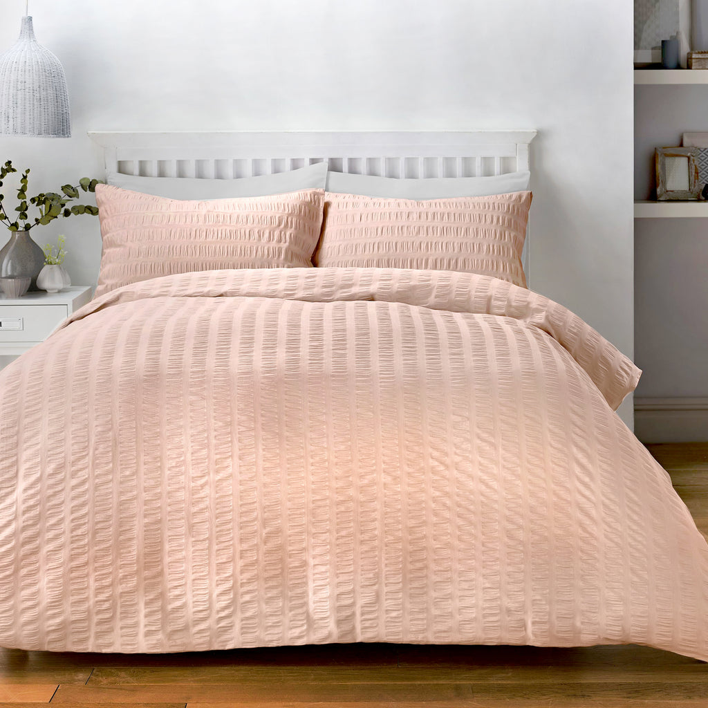 Seersucker - Easy Care Duvet Cover Set in Blush - by Serene
