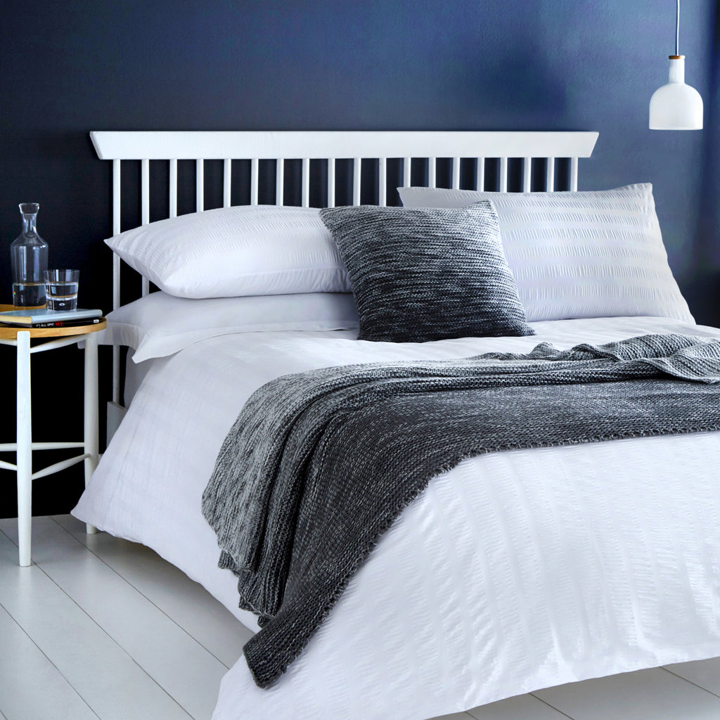 Seersucker - Easy Care Duvet Cover Set in White - by Serene