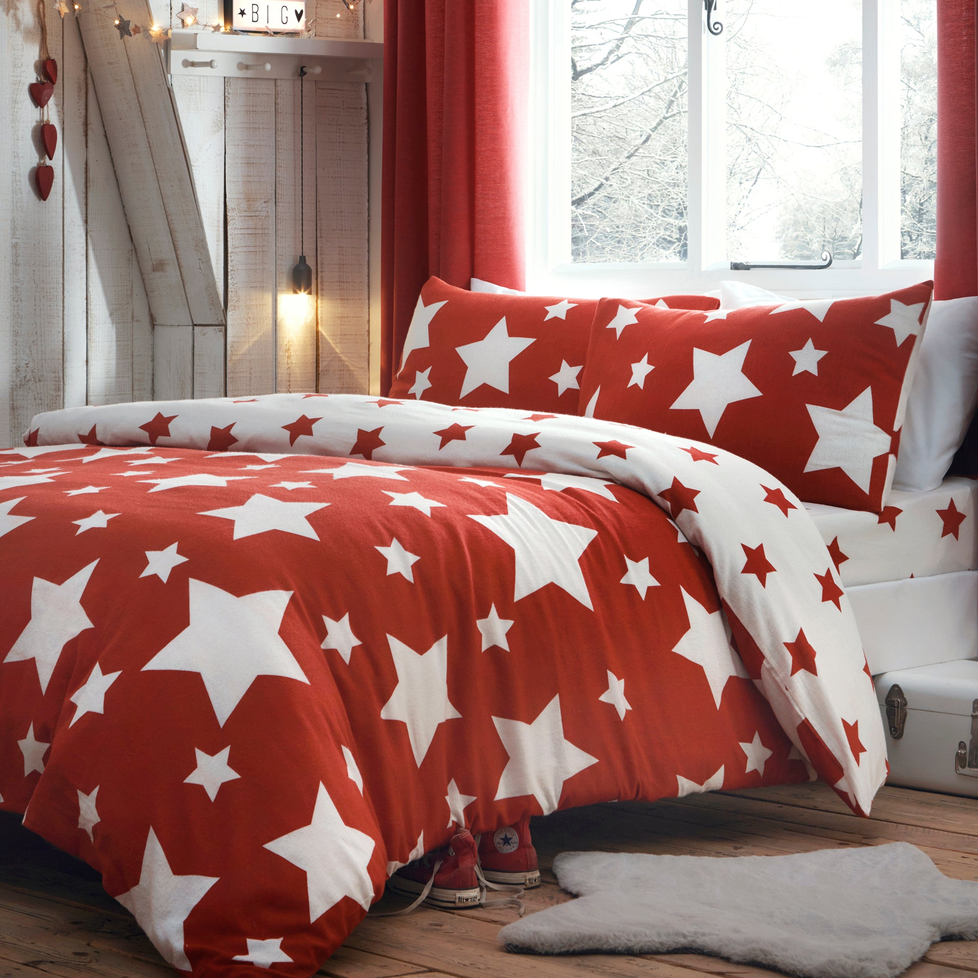 Stars - Brushed Cotton Duvet Cover Set & Fitted Sheets in Red - by Bedlam