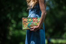 Load image into Gallery viewer, Green Tropical Clutch