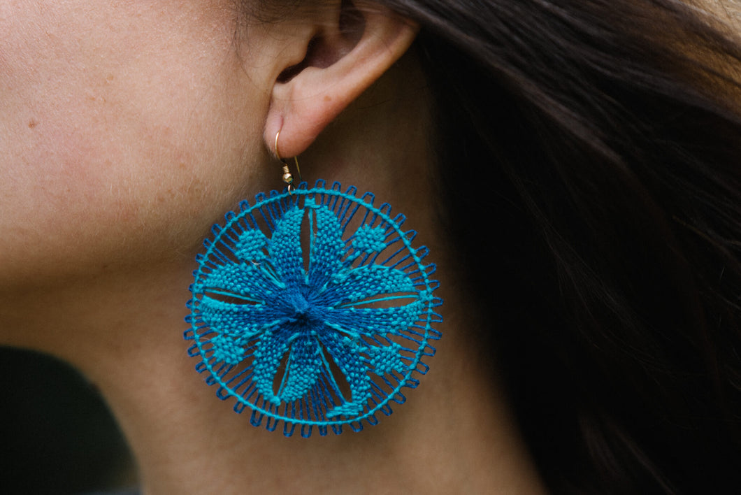 Turquoise Ñanduti Round Earrings