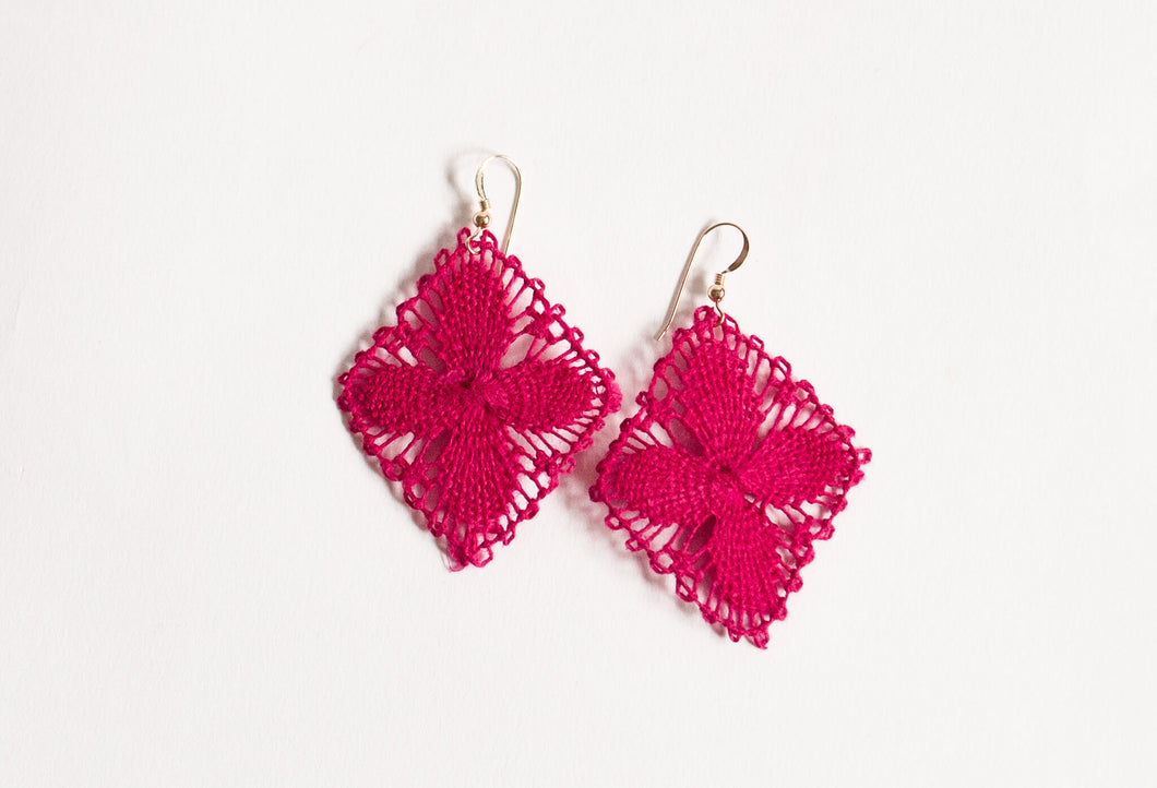 Fuchsia Geometric Ñanduti Earrings