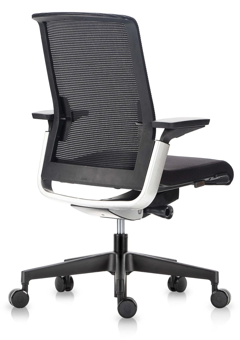 Match chair with or without headrest - ergonomic office chair