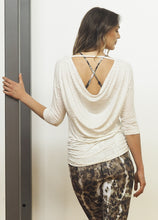 Laden Sie das Bild in den Galerie-Viewer, Yoga Langarm-Shirt SHULA, Sand