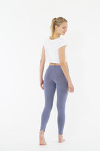 "Laden Sie das Bild in den Galerie-Viewer, Yoga Leggings ""Blue"", langes Bein"