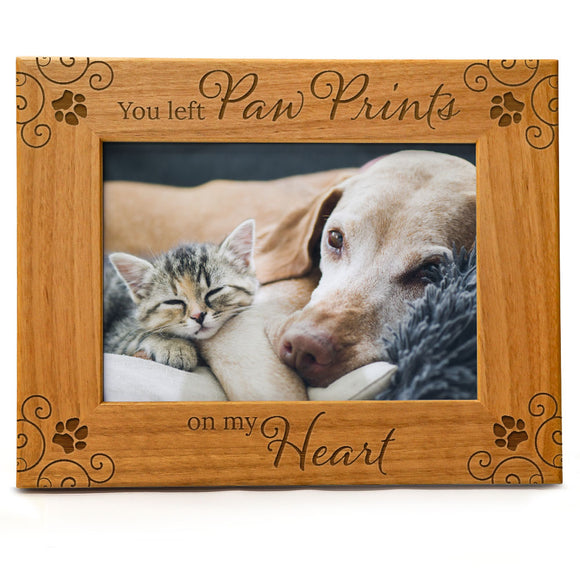 You Left Paw Prints On My Heart | Forever in My Heart Pet Memorial Picture Frame | Fits 5x7 Horizontal Portrait