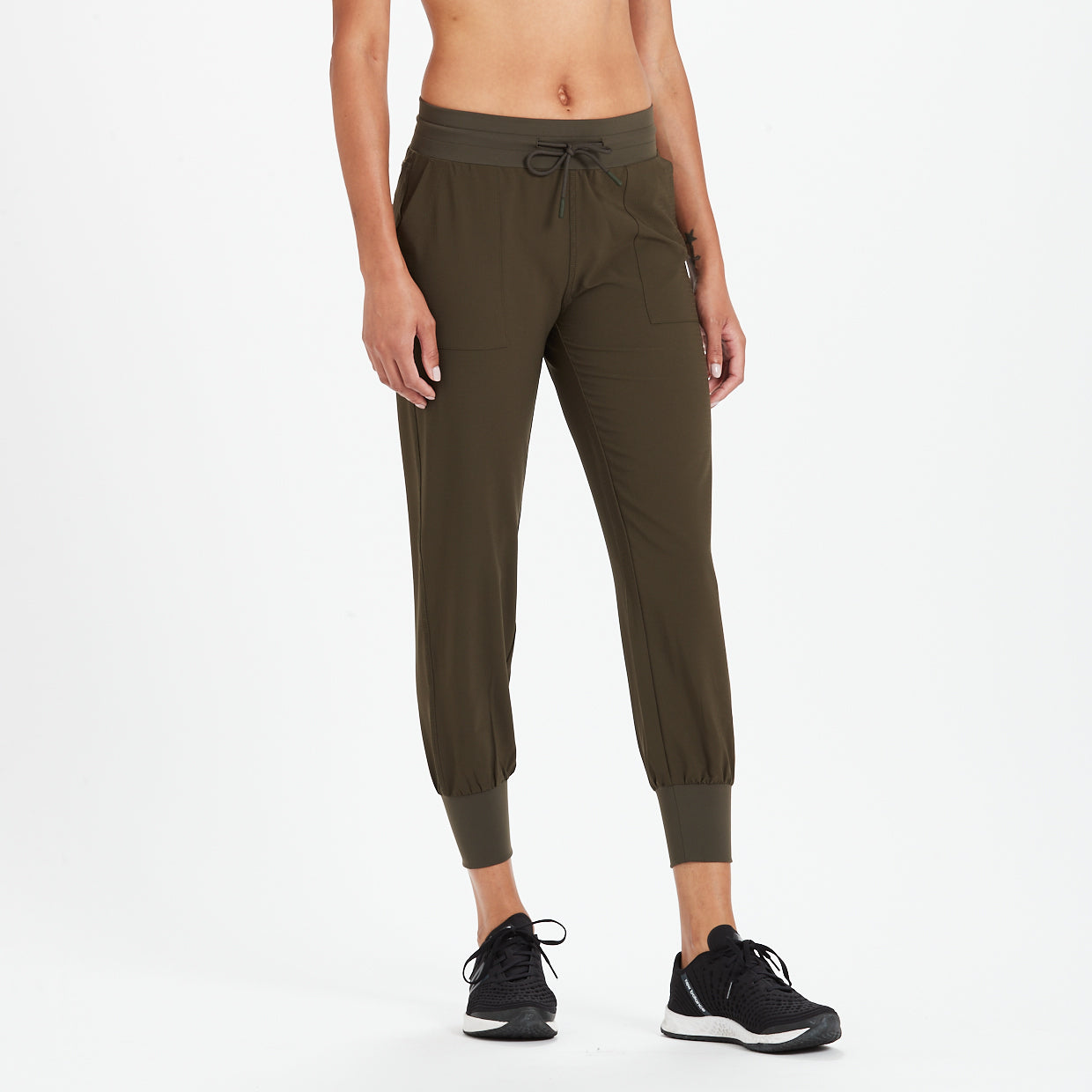 Summits Woven Jogger | Evergreen