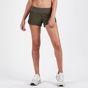 Omni Performance Short | Moss