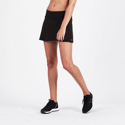 Revolve Performance Skirt | Black