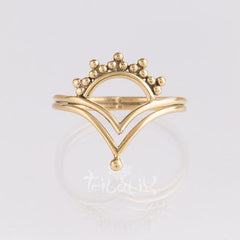 gold regal ring
