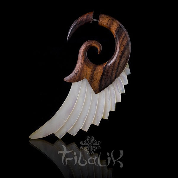 Ear Fake Stretcher | Wood And Shell