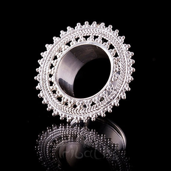 WOVEN MANDALA Silver Plated Ear Tunnel-Eyelet