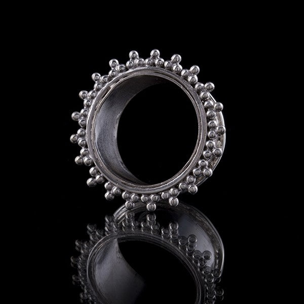 Dotted Sun Ray Silver Ear Tunnel - Flesh Tunnel - Eyelet - Plug - 4mm - 30mm