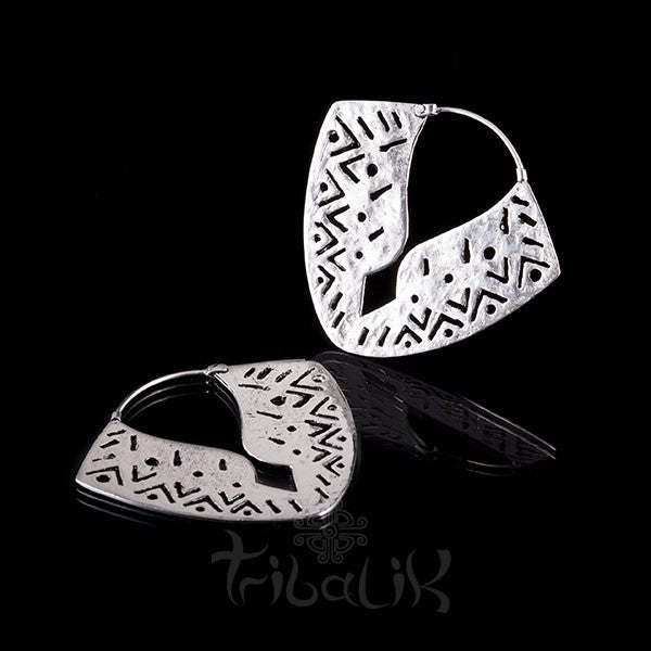 Silver Plated Geometric Pattern Earrings