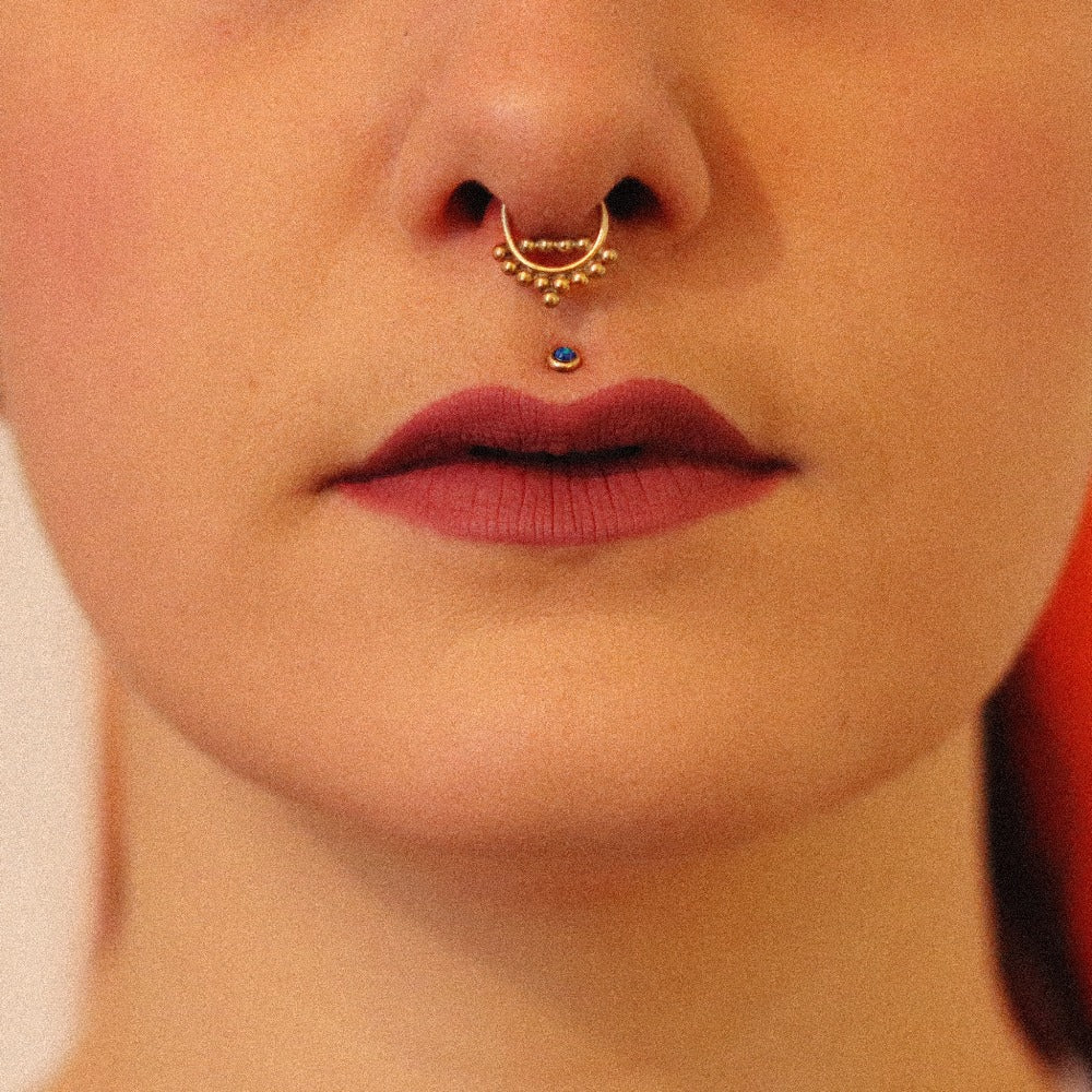 Piaroa Gold Septum for Pierced Nose - 1.2mm