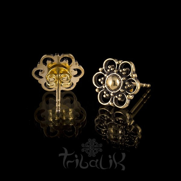 Summer Flower Brass Ear Stud