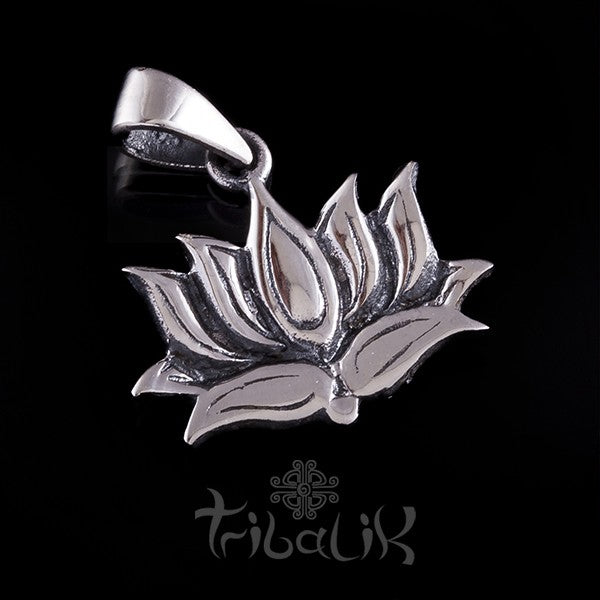 Sterling Silver Lotus Charm | Pendant
