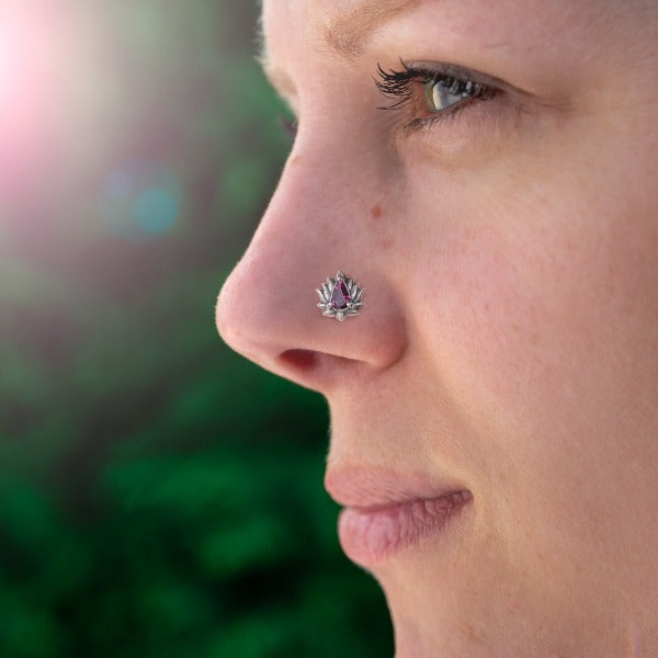 Silver Threadless Nose Stud with Swarovski Wine Color Crystal