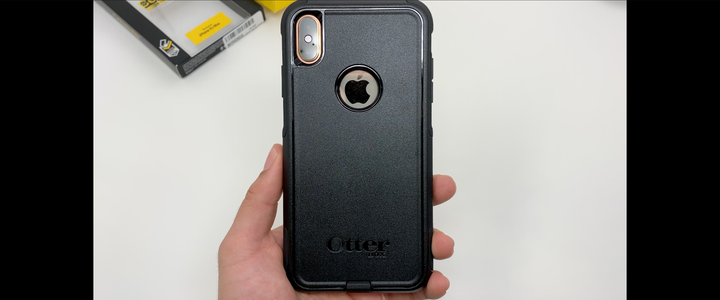 iphone xs max otterbox case review