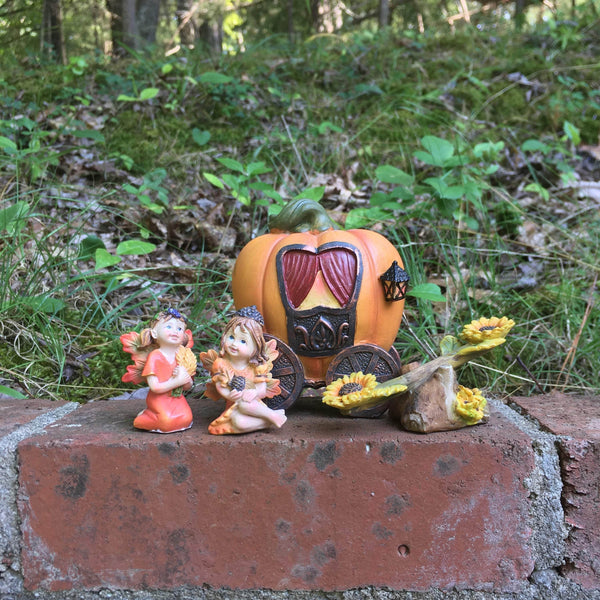 Pumpkin Carriage Miniature Set with Wheat and Acorn Hat Fairies, Miniature Fall Fairy Garden Kit