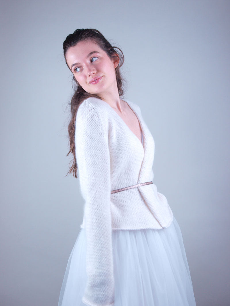 Knit cardigan for brides in 2021 without corona