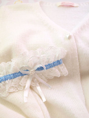 Garter for brides in lace cream