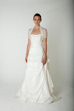 Load image into Gallery viewer, Bridal stole knitted in lace pattern for your bridal gown ivory