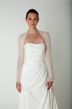 Load image into Gallery viewer, Bridal cashmere jacket knitted for your wedding white and ivory