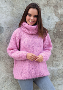 Cosy knit sweater made of mohair ingenua from Katia knit kit
