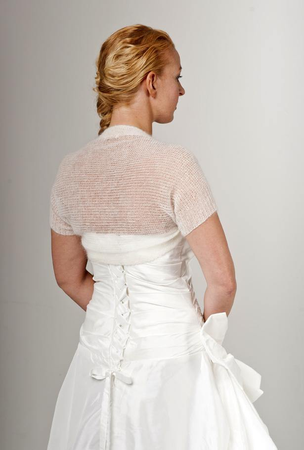 Knit jacket for brides with short sleeves for your wedding dress
