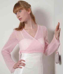 Getting married with a rose knit jacket for Boho and Vintage wedding