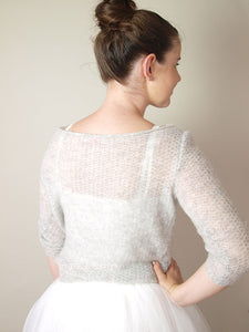 Cashmere knit pullover soft in cream with silk